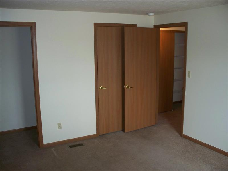 Apartments Picture 102